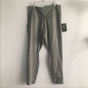 NWT Nike Sculpt Leggings!